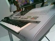 Yamaha Tyros 3 61-Key Arranger===$1300usd/ KORG M3 88-Key Music Works